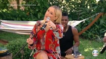 Claudia Leitte canta 'Amor Perfeito'