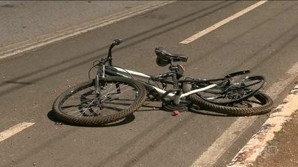 Motorista bêbada atropela e mata ciclista em Brasília