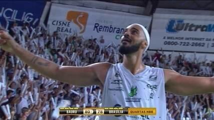 Melhores momentos de Bauru 80 x 78 Brasília pelos playoffs do NBB