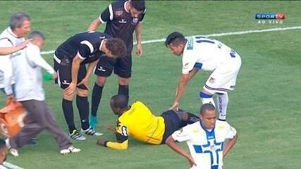 Luiz Flavio de Oliveira se machuca e é substituido no jogo entre Água Santa e Braga