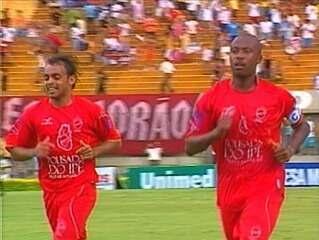 Veja os gols da última vitória do Vila Nova por três gols de diferença sobre o Goiás, em 2007