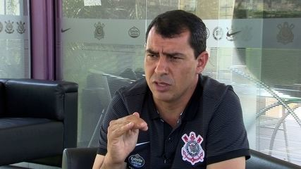 Fábio Carille responde sobre chances para Léo Jabá e Pedrinho