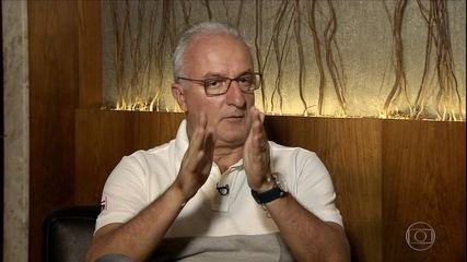 Dorival tenta explicar motivos que o fizeram ser demitido do Santos