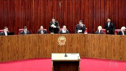 Ministros se dividem sobre inclusão de delações no julgamento