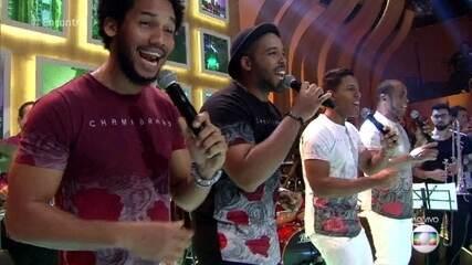 Grupo Timba Havana se apresenta no palco do 'Encontro'