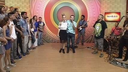 Paneiro recebe Lorena Simpson, Alaídenegão Johnny Jack Mesclado