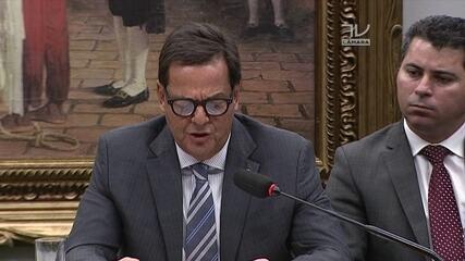 Zveiter diz que limitou-se a analisar se há 'indícios suficientes' para receber denúncia