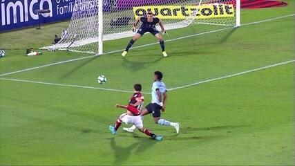Melhores momentos: Flamengo 0 x 1 Grêmio pela 13ª rodada do Brasileirão 2017