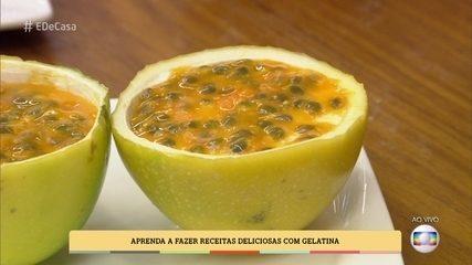 Mousse de Maracujá com Gelatina na Casca da Fruta