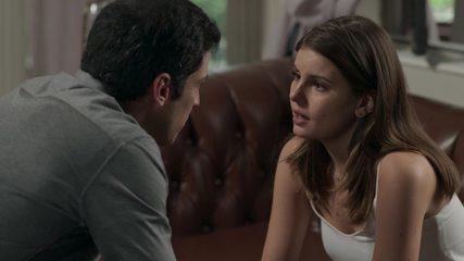 Teaser 'Pega Pega' 3/8: Luíza descobre que é suspeita de roubar o hotel