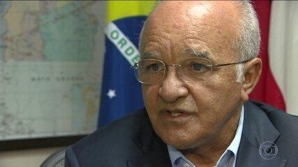 Eleição no AM terá Amazonino Mendes e Eduardo Braga no 2º turno