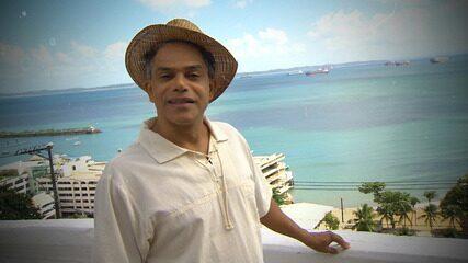 Ator Urias Lima interpreta trecho do livro 'Navegação de Cabotagem'
