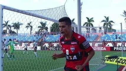 Jorginho marca para o Atlético-GO contra o Coritiba