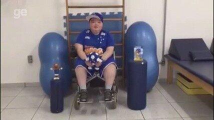 Torcedor de Alfenas (MG) sonha em conhecer jogadores e clube do Cruzeiro