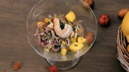 Ceviche de manga com camarão
