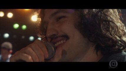 Gustavo dedica música a Renato no festival
