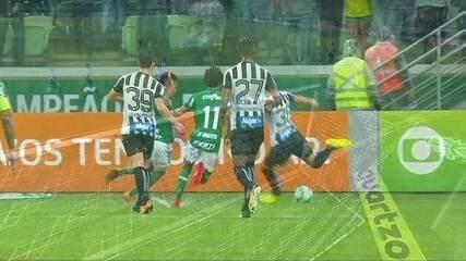 Fernando Prass! Ricardo Oliveira finaliza e goleiro faz grande defesa