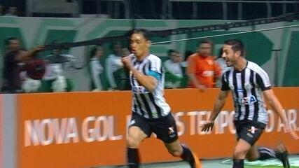 Gol do Santos! De cabeça e com estilo, Ricardo Oliveira marca, aos 30' do 2º tempo