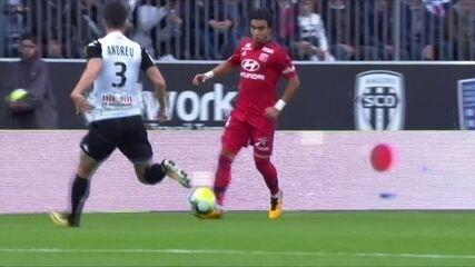 Os gols de Angers 3 x 3 Lyon pelo Campeonato Francês