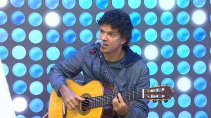 Só na web: Jorge Vercillo canta 'Ela une todas as coisas'