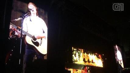 Paul McCartney canta 'Love Me Do' em Porto Alegre