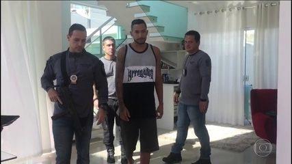 Vídeo mostra quando Tikão foi preso em uma casa na Taquara