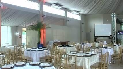 Familiares se unem para realizar casamento após noivos serem enganados em Lins