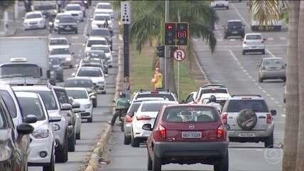 Motorista que alcançar 20 pontos na carteira vai ficar sem habilitação por seis meses