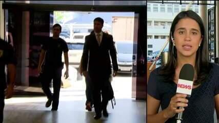 Presidente da Alerj e mais dois deputados se entregam à Polícia Federal