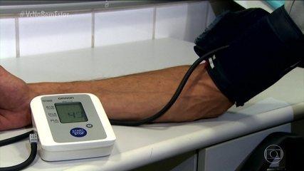 Autoridades médicas dos EUA definem que pressão 13X8 é considerada alta