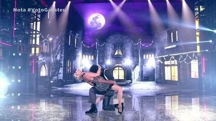Adriane Galisteu arrebenta no tango