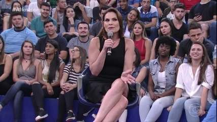 Laura Muller tira dúvidas de sexo