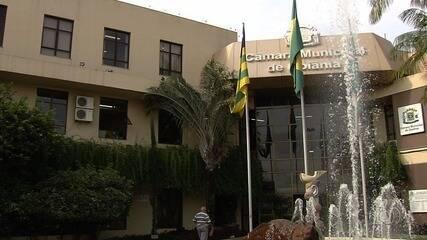 Câmara Municipal aprova retomada do 13º salário e férias para vereadores, em Goiânia