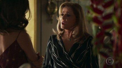 Sophia discute com Lívia em 'O Outro Lado do Paraíso'