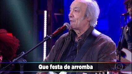Erasmo Carlos canta 'Festa de Arromba'
