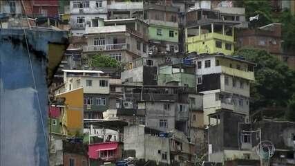 Rocinha, no Rio, tem intenso tiroteio nas primeiras horas de 2018