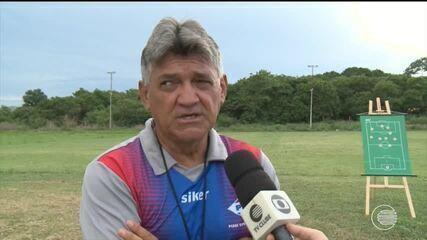 ASSISTA: técnico do Piauí aposta em treino com aula teórica para estreia no estadual