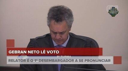"""Lula era """"garantidor de esquema"""" que visava """"financiamento de partidos"""", diz relator"""