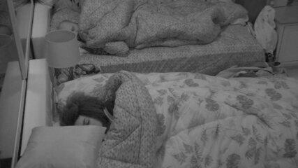 Após primeira Prova do Líder, moradores da do BBB18 dormem
