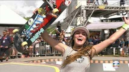 Yndiara Asp faz volta perfeita e vence o Skate Park Internacional