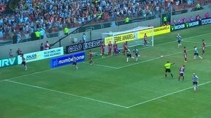 Gol do Galo! Otero bate o escanteio, e Leonardo Silva desvia para as redes do Patrocinense