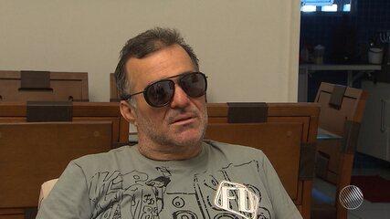 Ex-namorada acusa o humorista Renato Fechine de agressão física