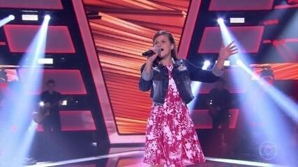 Eduarda Back canta 'Se o Amor Tiver Lugar' nas audições às cegas