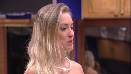 Jéssica define comportamento de Ana Paula: 'Não achou o equilíbrio'