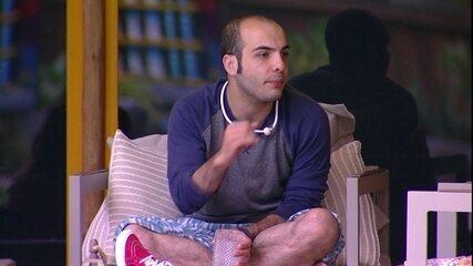 Mahmoud sobre o BBB: 'Quem veio aqui para fazer amizade?'