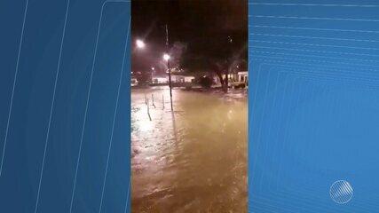 Fenômeno climático provoca chuva em várias partes da Bahia, inclusive na capital