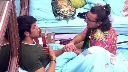 Lucas e Diego falam sobre atitudes de Caruso