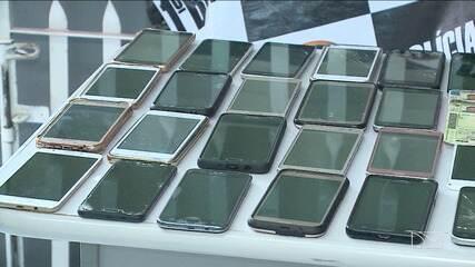55 celulares roubados são recuperados pela polícia, em São Luís