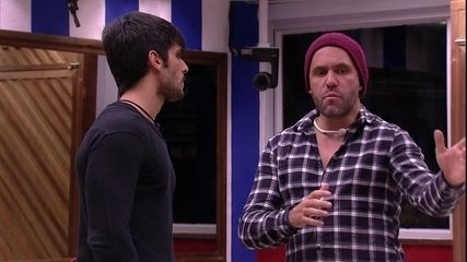 Lucas para Caruso: 'A minha definição de banana é totalmente diferente da sua'