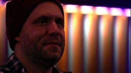 Caruso chora com filme do Cinema do Líder